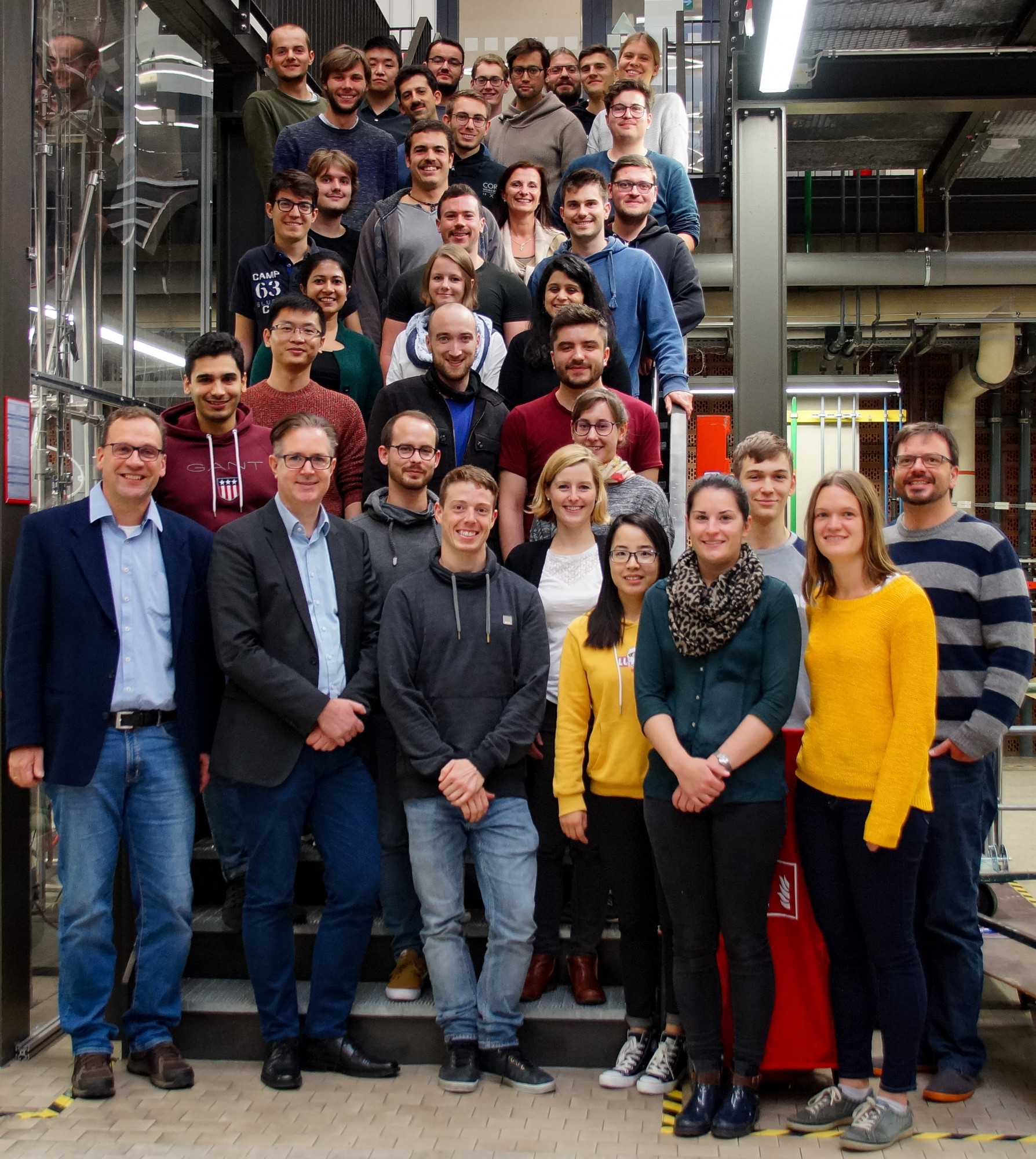 Erlangen Center for Interface Research and Catalysis - Prof. Hartmann and Prof. Libuda Groups 2019 (image: Marcus Fischer)